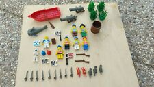 LEGO lot pirate barque canons buissons personnages armes drapeaux