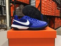 Nike Junior Legend 8 Academy IC Soccer Shoes (Royal/White) Size: 10c-5.5y NEW!