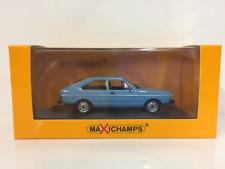 Maxichamps 940054200 Volkswagen Passat 1975 Blue 1:43 Scale