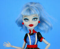 Ghoulia Yelps Monster High Doll Ghoul's Night Out by Mattel 2013