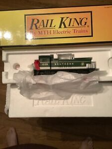 MTH Rail King 30-2157-1 SOUTHERN. NW-2 Switcher #1039 C-9 with Box.