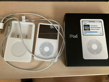 Apple iPod 80GB Classic 5th Generation - A1136 (White) Excellent