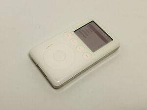 Apple iPod classic 3rd Generation White (10 GB) A1040