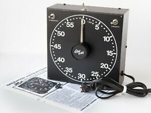 Tested Gralab Model 300 Darkroom Timer
