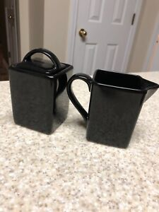 10 Ten Strawberry Street Ebony Black Creamer and Sugar Set