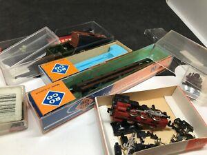 Arnold  Roco N  locomotive a vapeur wagon pièces diverses