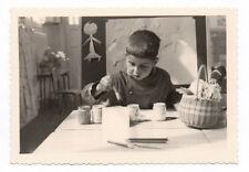 PHOTO Classe de Maternelle 1950 École Écolier Atelier de peinture Pinceau Garçon