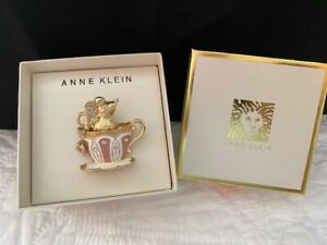 ANNE KLEIN GOLD TONE TEACUP MOUSE PIN