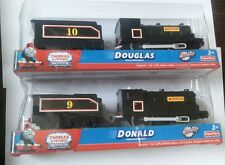 FISHER TRACKMASTER THOMAS BATTERY MOTORIZED TRAIN- DOUGLAS + DONALD & TENDER SET