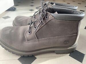 Timberland Boots Womens Size 7.5