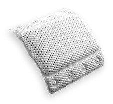 Bino Non-Slip Bath Spa Pillows Suction Cups Tub Neck Back Support Relaxing White