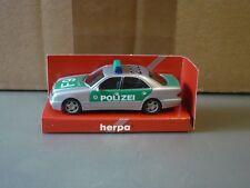 Mercedes-Benz E-Klasse W210 Polizei Baden-Württemberg F9 202 Herpa 044899 1:87