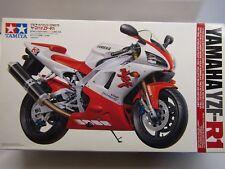 Tamiya 1/12 Yamaha YZF R1 Tam14073