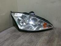 2004  FORD FOCUS MK1 Right Headlight Halogen (indicator in headlamp) 01-05
