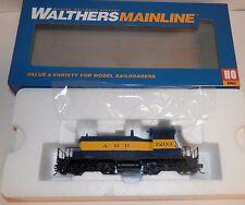 Walthers Mainline HO Scale POWERED EMD SW-1 Alaska Locomotive #910-9225 NIB