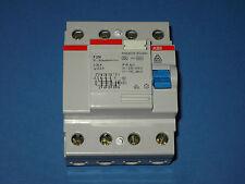ABB FI - Schutzschalter 300 mA 4 polig 25A 0,3A 240/415V ~ guter Zustand.