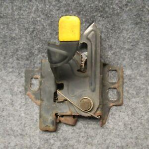 2000-2002 Saturn S-Series SL Sedan Hood Latch Mechanism OEM 50922