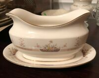 Mikasa PARK VIEW Gravy Boat with Underplate L6215 MINT