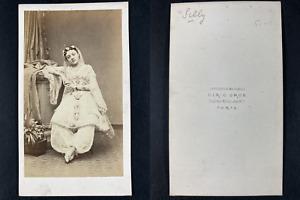 Grob, Paris, Mademoiselle Silly, comédienne Vintage cdv albumen print.Mademois