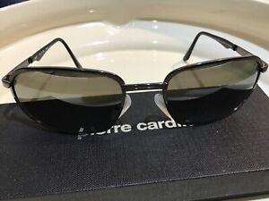 Maui Jim sun glasses 141-02