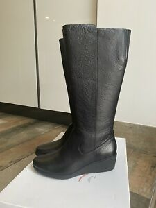 Clarks Boots 6.5 New