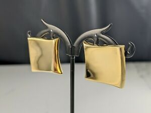 Lovely Vintage Jewellery Gold-tone Polished Earrings