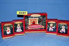 "Hallmark 1993 5 pc ""The Bearingers"" Display x247"