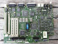 DAMAGED Vtg Apple Desktop Computer Macintosh IIsi 820-0301-A Logic Mother Board