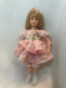"""Its Me 9"""" Doll Long Blonde Hair Family Company fully Jointed Pink Dress Bloomers"""