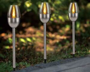Drei Solarfackeln im Set - mit jeweils einer LED in amber