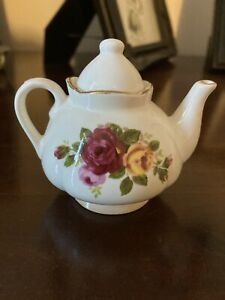 Cottage Rose Miniature Teapot, Fine Bone China, 8.5cm