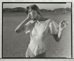 JOCK STURGES 2001 MODEL WITH LACE TOP - ISLAND OF ST. MAARTEN 8X10 PHOTOGRAPH