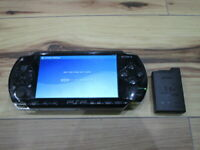 Sony PSP 1000 Console Piano Black w/battery Pack Japan o707