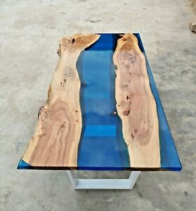 Epoxy Resin Live Edge Blue River Dinning Table With Iron Legs 35mm thickness