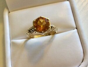 Beautiful Ladies Fully Hallmarked Solid 9CT Gold Citrine Solitaire Ring  N / N.5