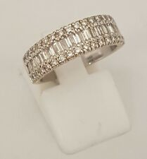 (1) BEAUTIFUL 18CT WHITE SOLID GOLD DIAMOND CLUSTER DRESS RING FULLY HALLMARKED