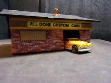 H.O. SCALE CUSTOM CAR SHOP, with 3 CUSTOM CARS, DETAILED, SIGNAGE, SCRATCH BUILT