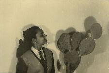 PHOTO ANCIENNE - VINTAGE SNAPSHOT - CURIOSITÉ FEMME CACTUS FLEURS OMBRE -FLOWERS