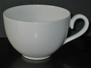 Villeroy & Boch ROYAL Kaffeetasse, Dekor weiß Form Royal Premium Bone Porcellan