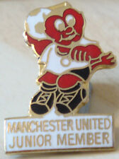 MANCHESTER UNITED Rare vintage badge Maker REEVES Bham Brooch pin 20mm x 29mm