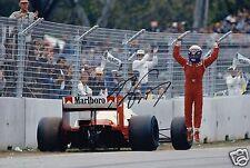 """F1 Driver FORMULA UNO ALAIN PROST firmato a mano foto McLaren 12x8"""" AV"""