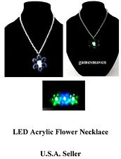 Light Up FLOWER NECKLACE - New Batteries LED Acrylic Flashing Jewelry NEW