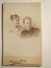 Güstrow - 2 Frauen - Mutter und Tochter ? in Kleidern / CDV