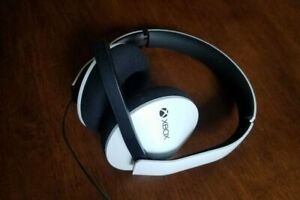 Microsoft Xbox One Official Wired Stereo Headset - White Grade C