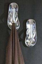 32784 Armario Sandalia fabricado en aluminio · pulido con 4 ganchos 24x24 cm