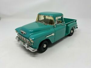 ERTL 1:18 1955 Chevrolet 3100 Stepside Pickup