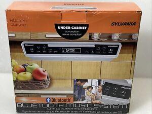 SYLVANIA SKCR2713 Under-Cabinet Bluetooth CD Clock Radio