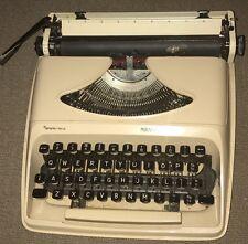 Portable Vintage Remington Type Writer Sperry Rand