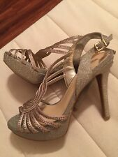 Gianni Bini Formal High Heels Gold and Glitter 7M Stiletto Women's Shoes (S3)