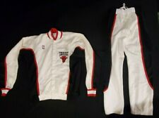 MICHAEL JORDAN 1988 CHICAGO BULLS TEAM ISSUED SAND-KNIT WARM-UP JACKET & PANTS
